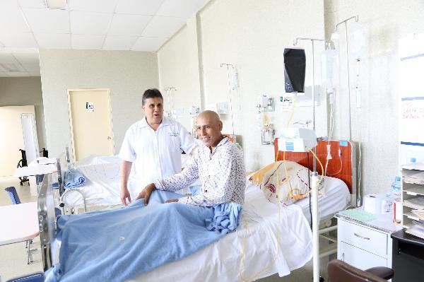 HOSPITAL CARRI�N REFUERZA MEDIDAS PREVENTIVAS DE LUCHA CONTRA EL C�NCER CON NUEVO DEPARTAMENTO DE ATENCI�N EXCLUSIVA
