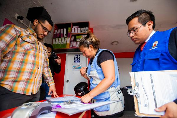Gobierno Regional del Callao supervisó a agencias de viaje que funcionan frente al aeropuerto.